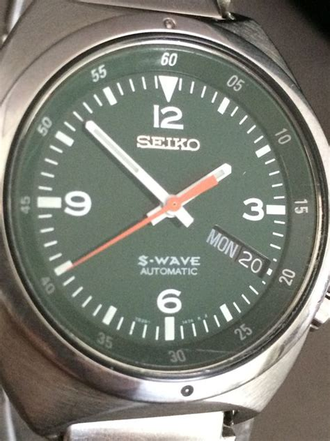 Seiko S Wave seiko s wave automatic dating from the seventies catawiki