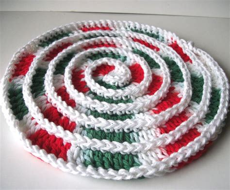 christmas tree hot pad pattern 17 best images about christmas pot holders and hot pads on
