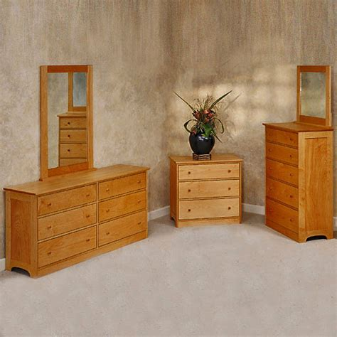 Solid Wood 5 And 6 Drawer Dressers Pacific Rim