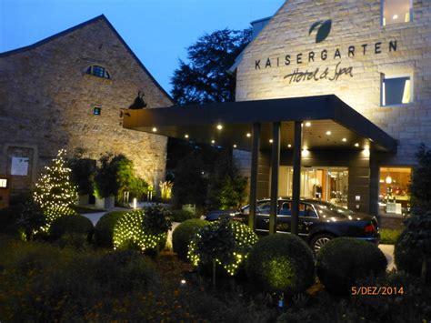kaisergarten deidesheim quot eingangsbereich quot kaisergarten hotel spa deidesheim