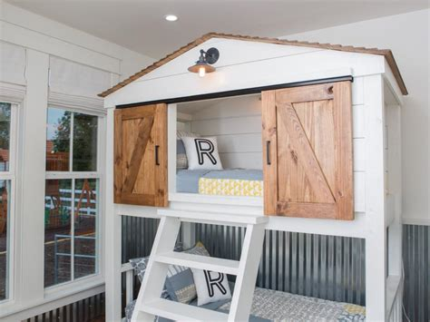 chip and joanna gaines house boat fixer upper the colossal crawford reno hgtv s fixer