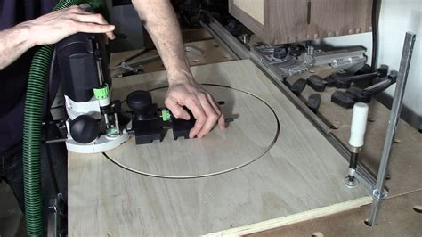Festool Of 1400 Router Circle Jig Using Guide Stop Mod Youtube Festool Router Template Guide