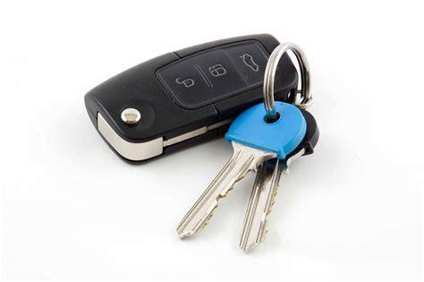 car key cut  car key replacement local locksmith