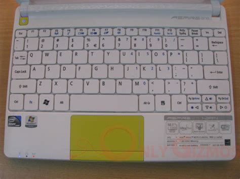 Keyboard Acer Aspire One Happy og review acer aspire one happy 2 netbook