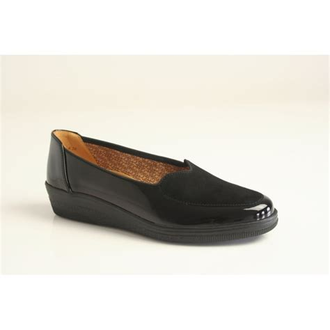 gabor gabor style quot blanche quot black patent leather shoe with