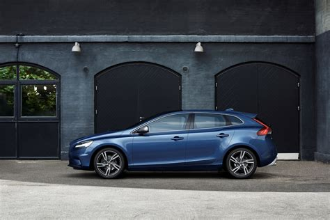 volvo hatchback 2016 2017 volvo v40 hatchback gets thor s hammer led headlights