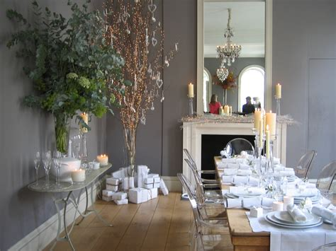 companies that decorate homes for christmas white company