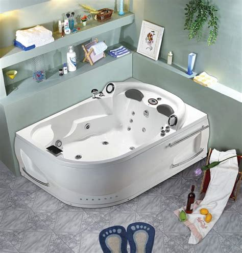 jacuzzi bathtubs for two jacuzzi bathtub for two images about rub a dub tubs on