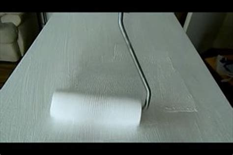 Kunststoff Furnier Lackieren by Video Schrank Wei 223 Streichen Einfach Streifenfrei