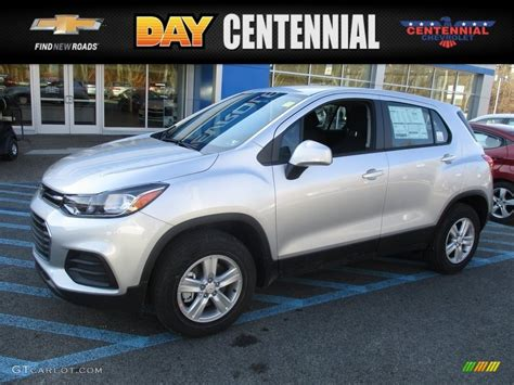 silver ls with white shades 2017 silver ice metallic chevrolet trax ls awd 118309721