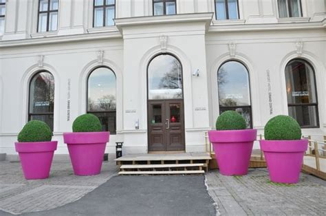 comfort hotell oslo the main entrance of comfort grand central picture of