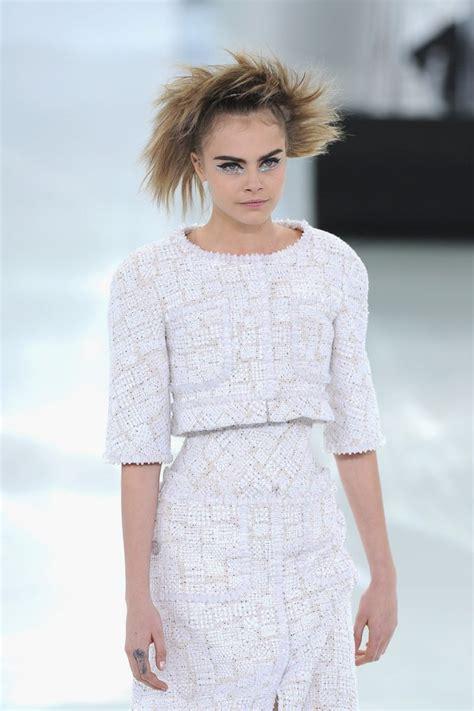 channel fashion cara delevingne chanel fashion show in hawtcelebs