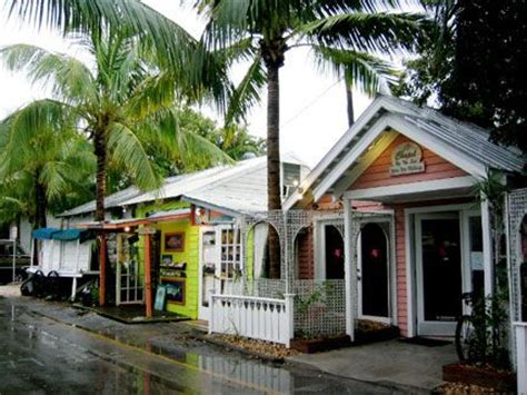 lazy cottages key west lazy way at the historic seaport key west florida
