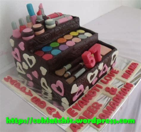 Harga Make No 19 cake make up bag kit eyangti jual kue ulang tahun