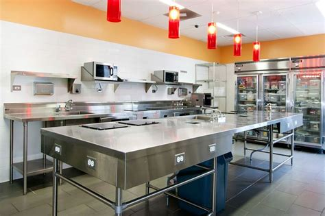17 Best Images About Hotel Restaurant Kitchens On Hotel Kitchen Design
