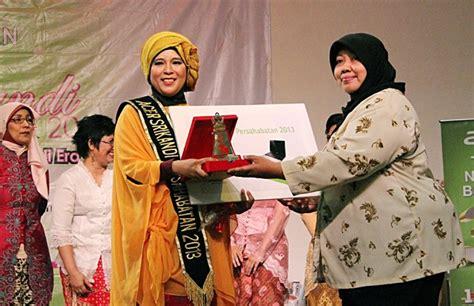blogger perempuan indonesia srikandi blogger 2013 bukti aktualisasi perempuan di era
