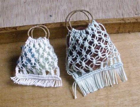 Macrame Bags Tutorials - mini macrame bag tutorial diy projects