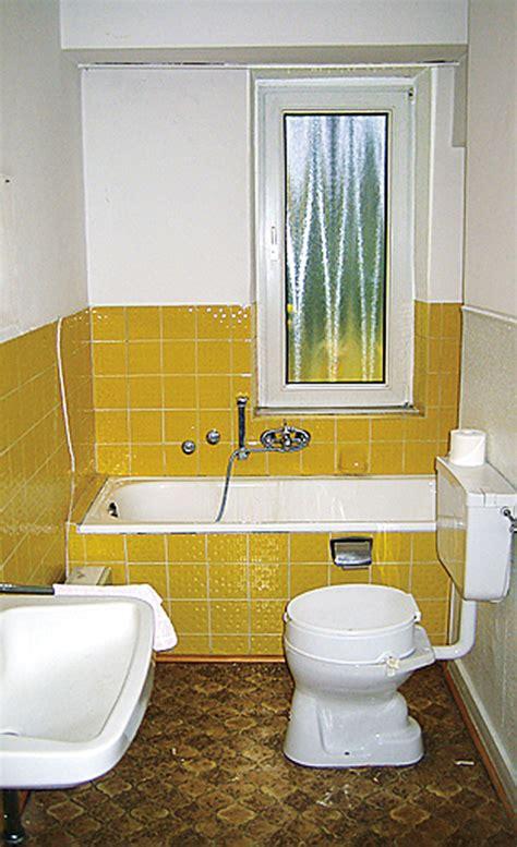 Badezimmer Fliesen 70er Jahre by Bad Sanierung K 252 Che Bad Sanit 228 R Selbst De