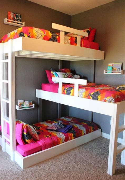 Bunk Bed Designs For Small Rooms Best 25 Small Shared Bedroom Ideas On Pinterest Bunk Beds Small Room Shared Rooms And Low