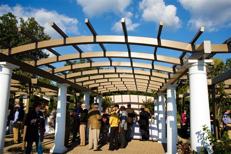 Garden City Winery Powell Gardens Kicks New Wine Series With A Taste Of