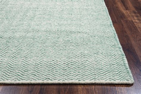 Wool Runner Rugs Twist Basic Chevron Wool Runner Rug In Green White 2 6 Quot X 8