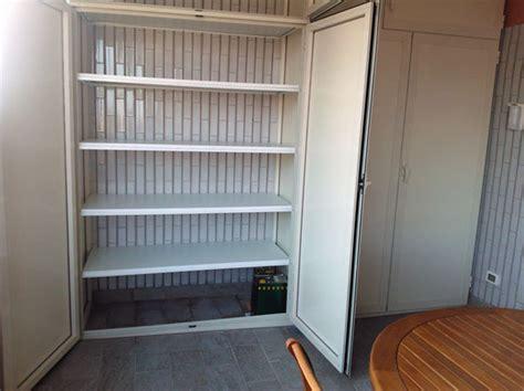 tecnologia legno dispense casa moderna roma italy armadi in pvc per esterni
