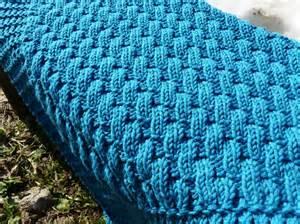 tricoter une couverture pour bebe facile nos conseils