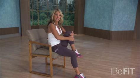 fare sulla sedia ginnastica da ufficio 7 esercizi da fare seduti sulla