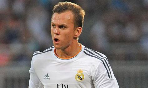 denis cheryshev liverpool closing in on shock 163 22m marquee signing from