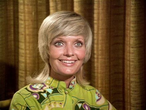 does florence henderson have thin hair florence henderson and that famous carol brady flip