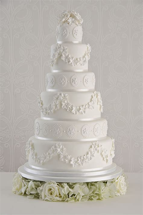 Vintage Wedding Cakes by Vintage Wedding Cakes How To Make Yours Authentic