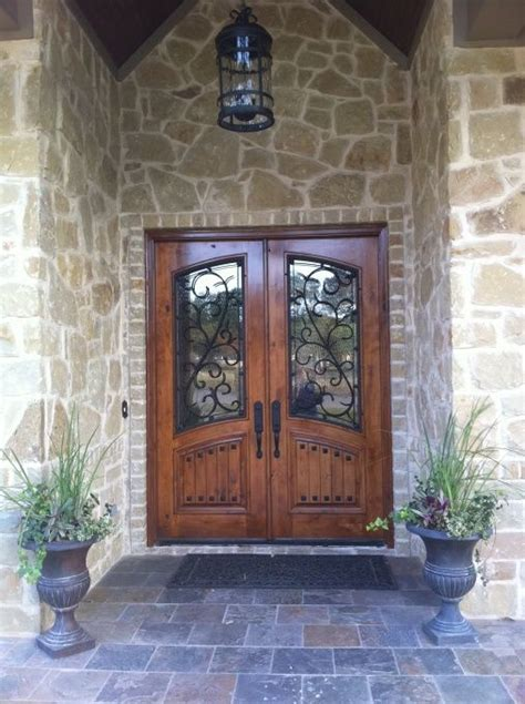 Rustic Front Doors For Homes Best 25 Rustic Front Doors Ideas On Farmhouse Front Doors Stained Front Door And