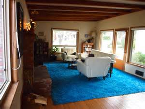 the gallery for gt bill gates living room whale