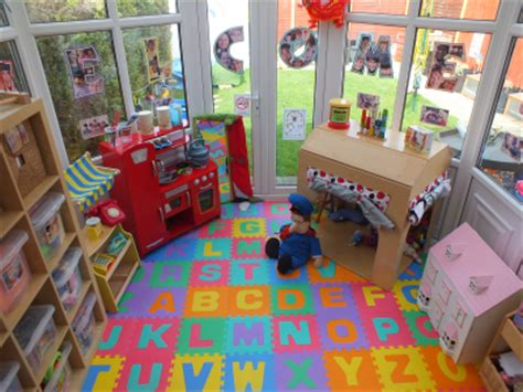 Hello 2015 Pair Set 8in1 childminder in lincoln and donna childcare co uk