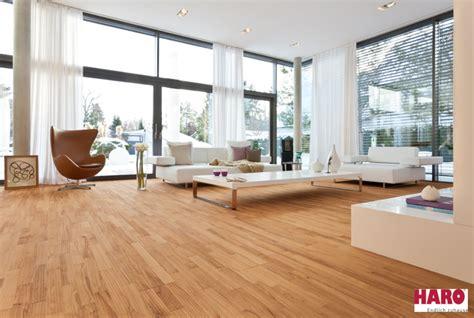 Wohnzimmer Parkett by Wohnzimmer Parkett Oder Vinyl Raum Und M 246 Beldesign