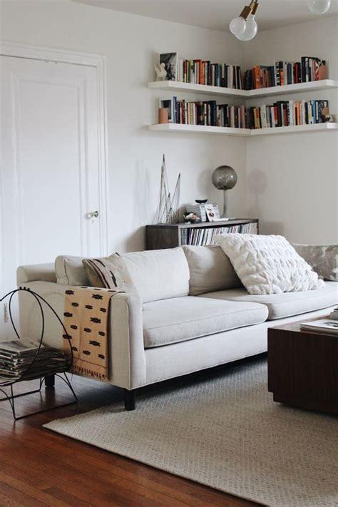corner shelves for bedroom best 25 corner bookshelves ideas on pinterest diy