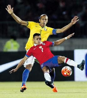alexis sanchez lost possession brazil and argentina shocked in qualifiers