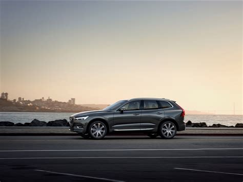 volvo cars partners  google  build android  connected cars