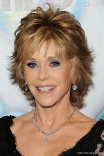 can you a feathered cut for thick curly hair short hairstyles jane fonda
