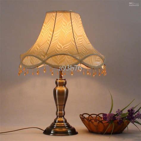 How To Choose Antique Ls Furnitureanddecors Com Decor Fashioned Lights For Sale