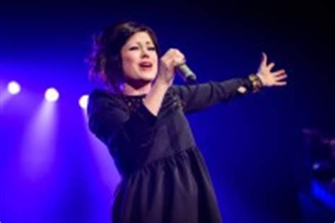 throne room worship kari jobe kari jobe the based singer offering majestic worship kari jobe