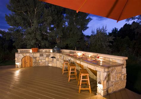 outside kitchens ideas top outdoor kitchen designs decobizz com