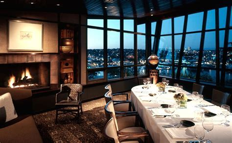 Canlis in Seattle, a luxury, small event wedding venue