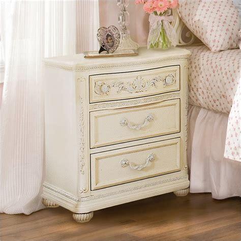 White Wood Nightstand Lea Mcclintock 3 Drawer W Antique White