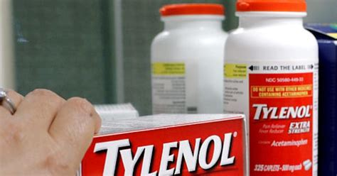 Shelf Of Benadryl by Tylenol Recall Widens To 700 000 Bottles Benadryl