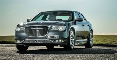 compare chrysler 300 models 2015 chrysler 300 pricing and specifications