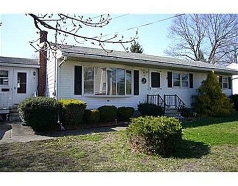 houses for sale in rumford ri 12 lynn ave rumford ri 02916 reo home details buy foreclosure open real estate