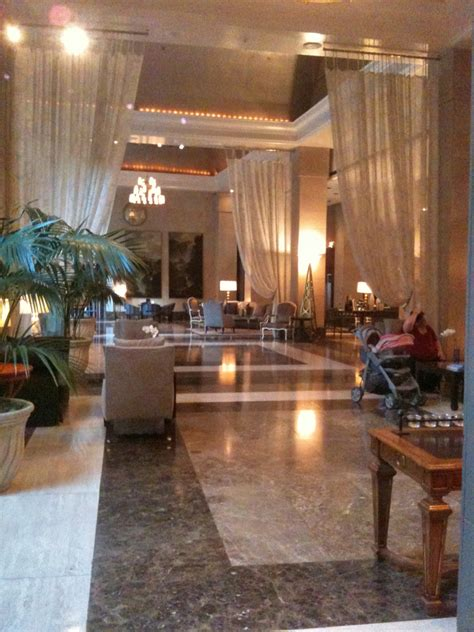 Hotel Review: The Rosewood Crescent Court Hotel (Dallas