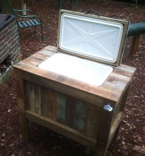 Diy Patio Cooler Stand by 30 Diy Furniture Made From Wooden Pallets