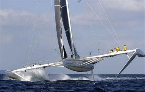 trimaran world speed record hydroptere fastest sailing yacht in the world paperblog